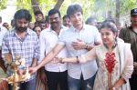Endrendrum Punnagai Movie Pooja Stills (19)