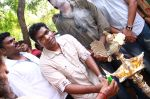 Endrendrum Punnagai Movie Pooja Stills (25)