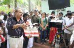Endrendrum Punnagai Movie Pooja Stills (36)