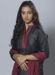 Actress Radhika Apte Latest Cute Photos (13)